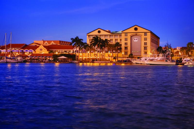 Sparkling Voyages Renaissance Aruba Resort
