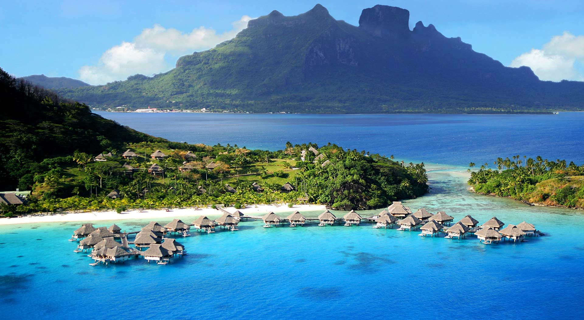 Sparkling Voyages - Le Taha'a Island Resort and Spa