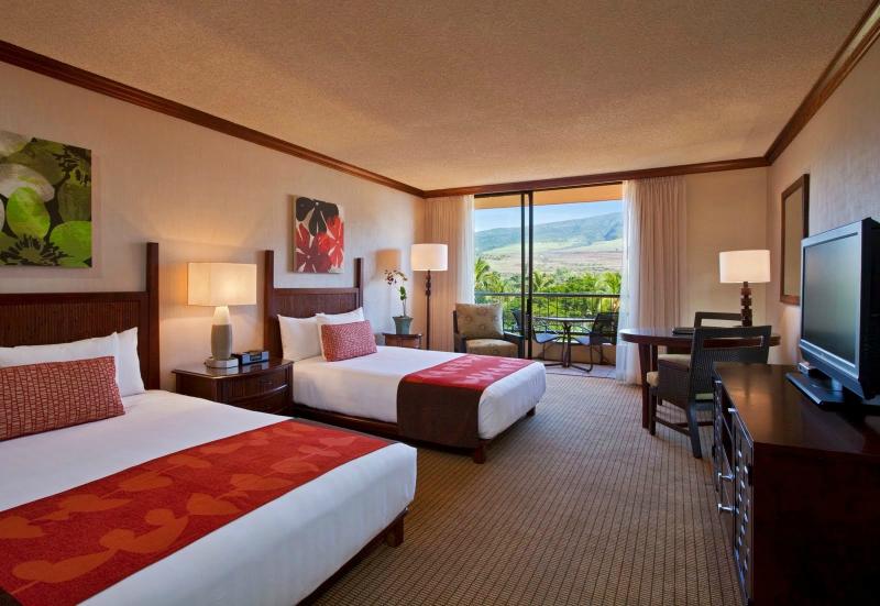 Sparkling Voyages Hyatt Regency Maui Resort Amp Spa