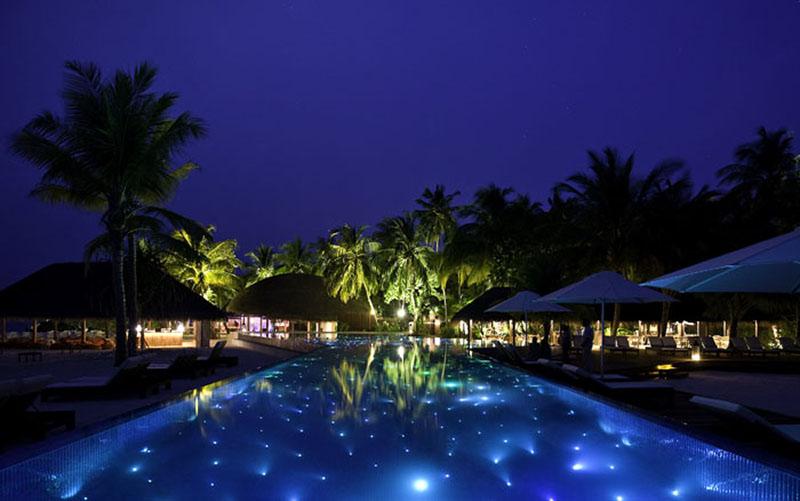 sparkling voyages kumarathi island resort. Black Bedroom Furniture Sets. Home Design Ideas