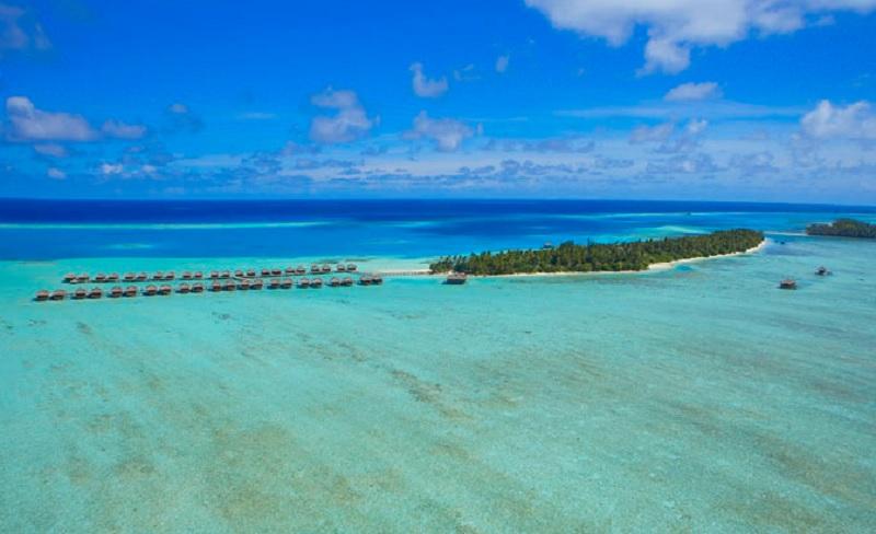Sparkling Voyages Medhufushi Island Resort