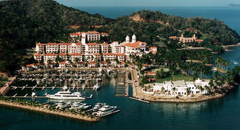 Sparkling Voyages - Grand Bay Hotel Isla Navidad, A Wyndham Luxury ...