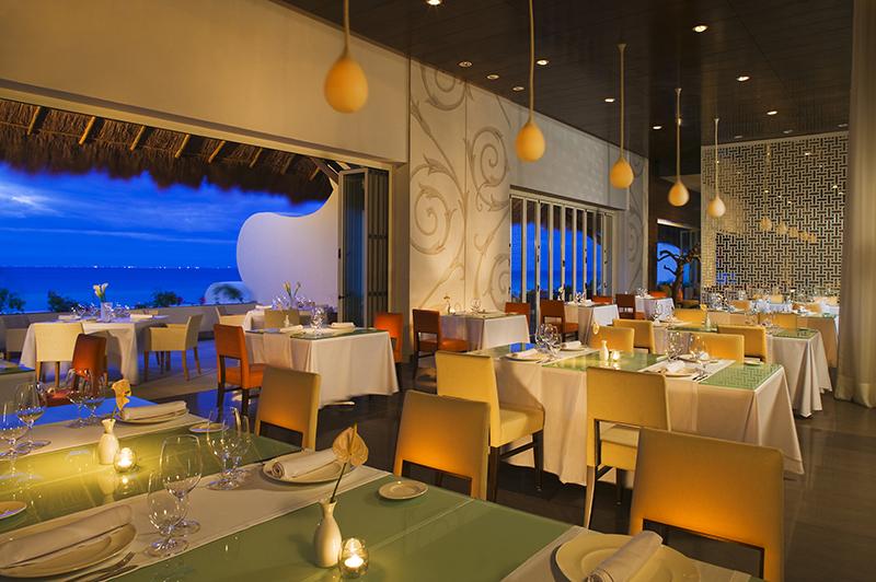 Sparkling Voyages Grand Velas All Suites Amp Spa Resort
